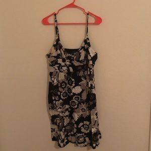 Old navy large spaghetti strap dress